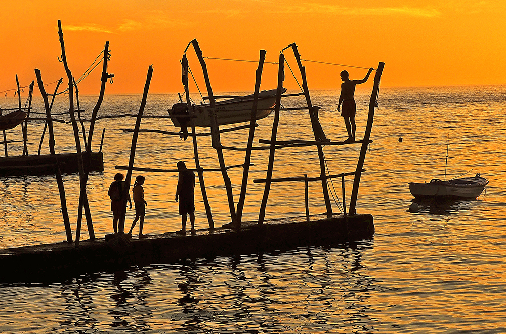 Putting up the Boat for the Night | UU-Fotografie – Ulrike Unterbruner